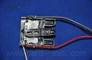 Parts-Mall PDB546 - Датчик, уровень топлива car-mod.com