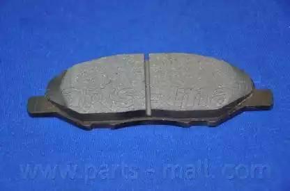 Parts-Mall PKW-011 - Комплект тормозных колодок, дисковый тормоз autodnr.net